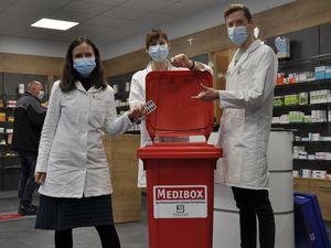 Medikamentenbox in der West-Apotheke Jena, Foto: KSJ
