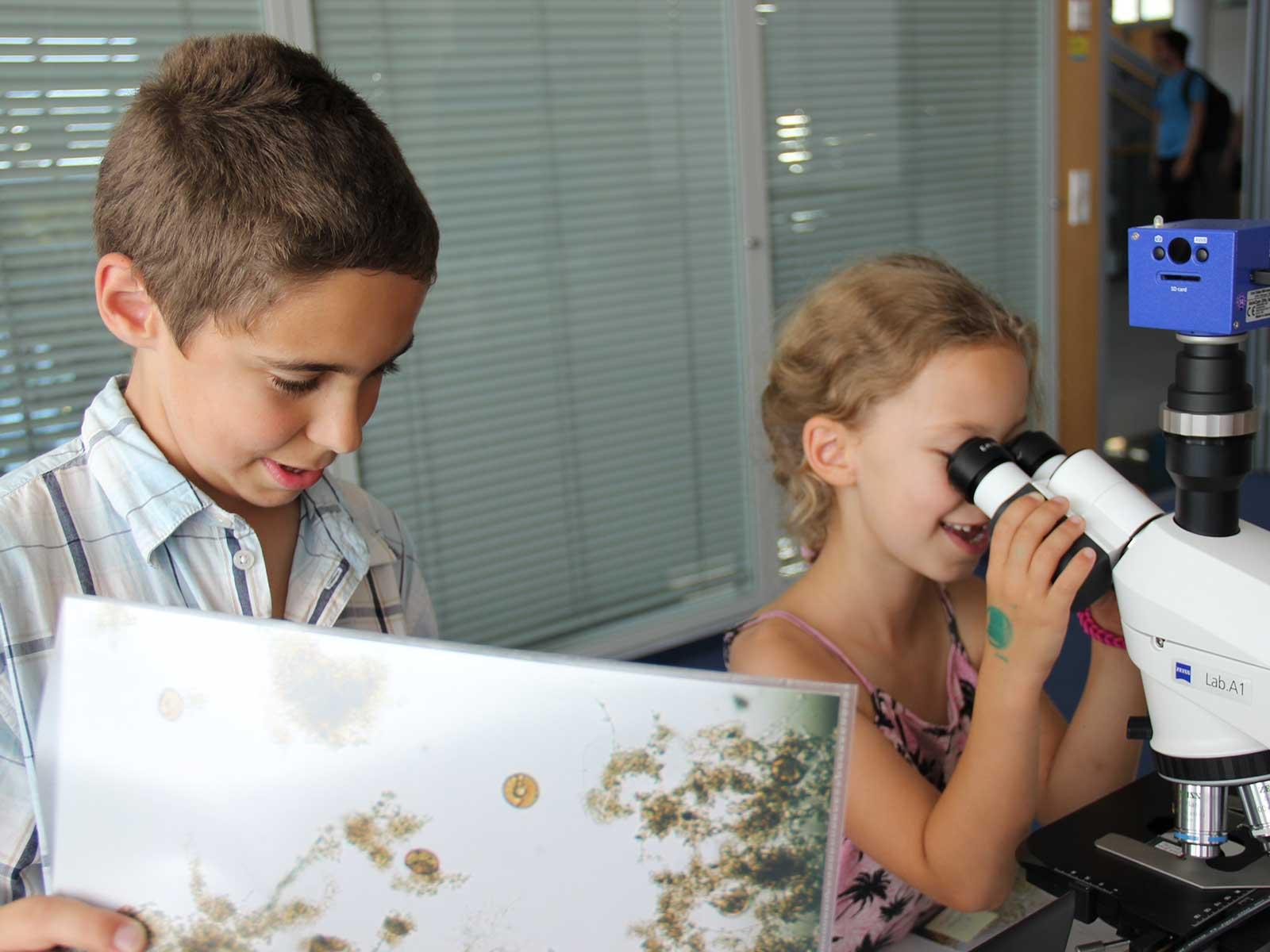 """Unser Umwelt-Bildungsprogramm  schickt Grundschüler auf die spannende """"Mission Wasser""""."""