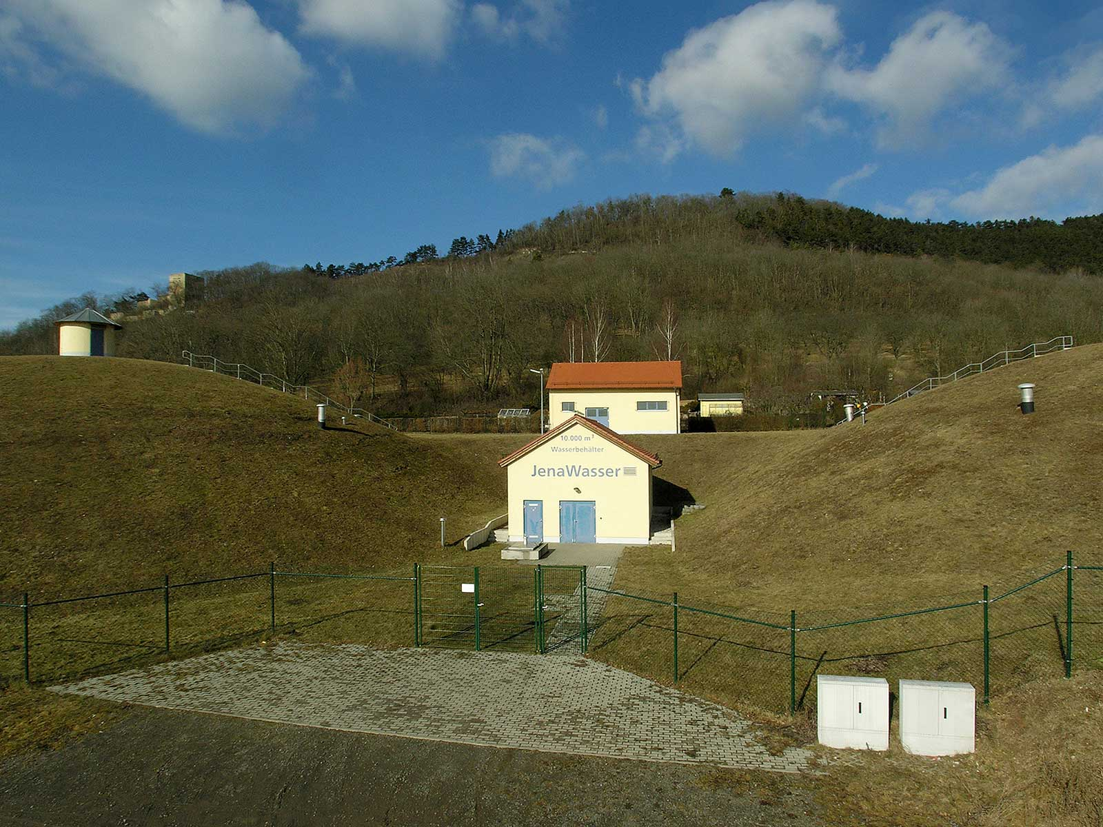 In Drackendorf steht unser zweitgrößtes Wasserwerk. Hier stellen wir Ihnen die Anlage vor.