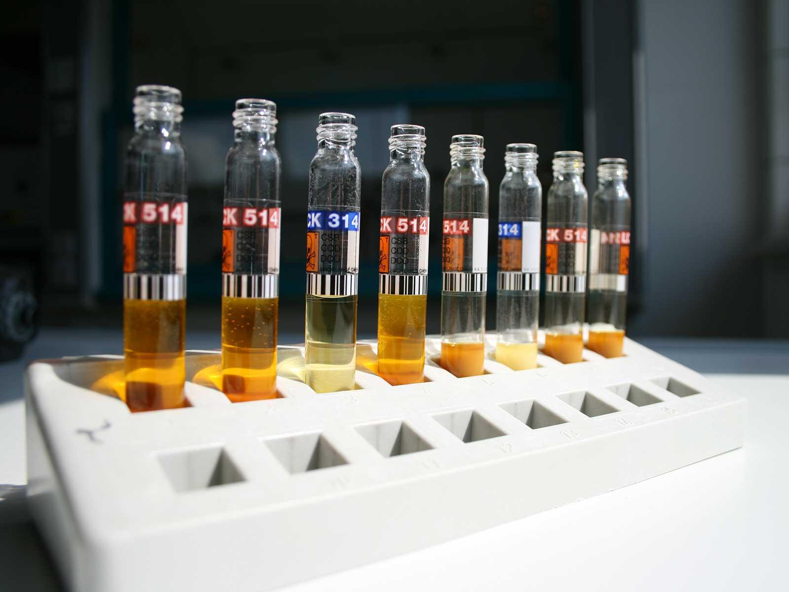 Hier erhalten Sie Informationen zu den Inhaltsstoffen und zum Härtegrad Ihres Trinkwassers.